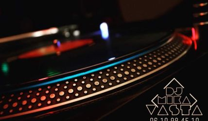 DJ-MIKA VASTA